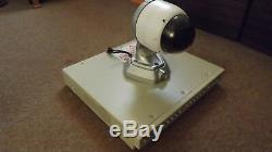 Enregistreur De Vidéosurveillance À 9 Canaux Eco9b-300gb Dedicated Micros Et Une Caméra Dôme