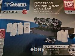 Swann Dvr8-3425 8ch Cctv 960h Recorder 4 X Pro-735 Cams 7 Capteurs D'alarme - Sirène